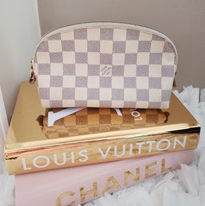 🖤Louis Vuitton cosmetic pouch